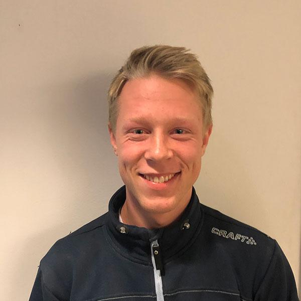 Henrik Gamborg-Nielsen : Tømrer m/fagbrev